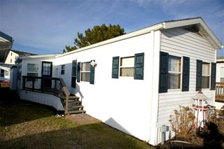 Mobile Home Sales - 40038 south Cropper Circle - Summertime